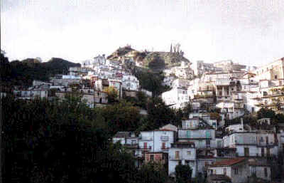 The ruins of Agrettaria Gruttaria stand high above the town